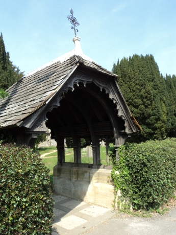 Side gate at St Barnabas church Swanmore