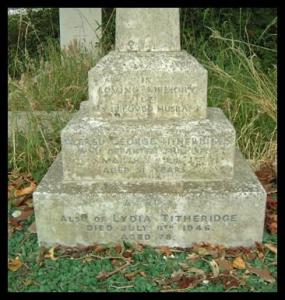 Gravestone of Alfred George and Lydia Titheridge at Swanmore churchyard