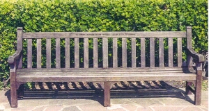 Bench on Eastbourne seafront - in loving memory of my mother Cissie Ethel Titheridge