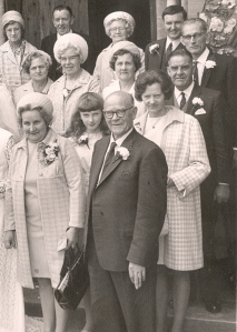 Dora Sidney front row far right in middle Stan to the left of Stan his wife Gladys; top left Dorothy Jack's wife